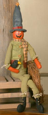 Pumpkin Pal, Long Legged, Sitting w/Crow